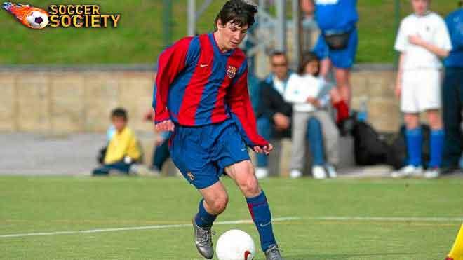 ประวัตินักฟุตบอล ลิโอเนล เมสซี่